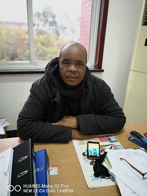 Welcome Dr. Wilson Sipho, The New Foreign Teacher Of ESL  欢迎英语中心新外教Wilson Sipho博士来我校任教